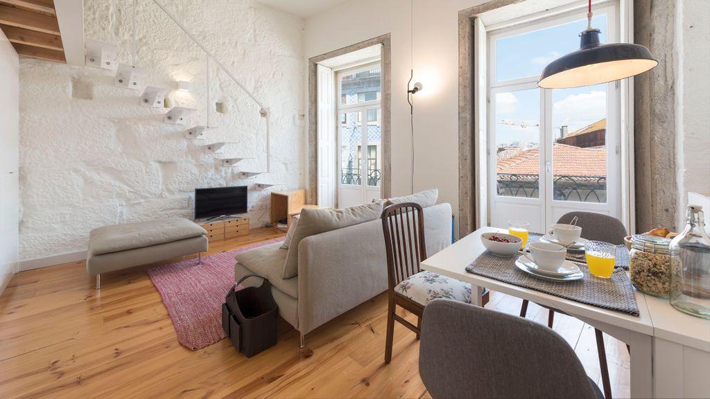 Property Rental | Cativo Mezzanine Studio