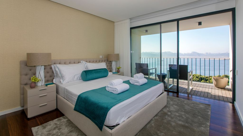Luxury 2 bedroom duplex apartment in Foz Porto