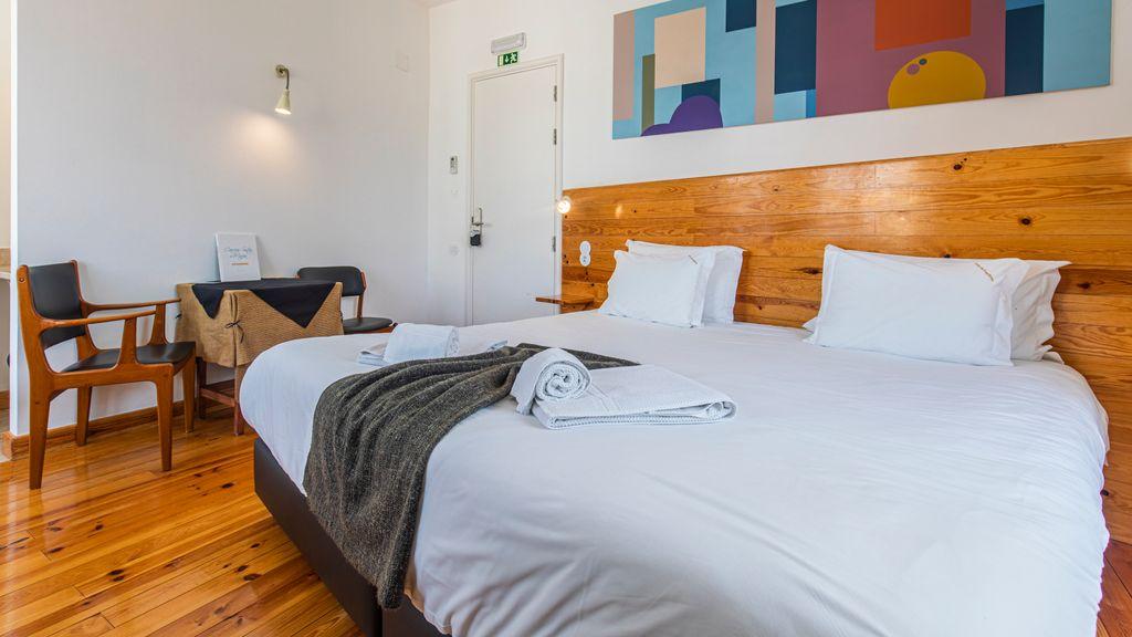 Casa da Estefânea Guesthouse - Superior King Bedroom IX by LovelyStay