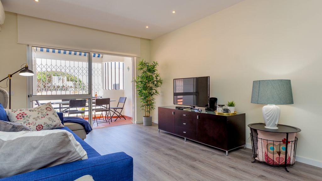 2BDR Brisamar Apartment W/ Balcony by LovelyStay