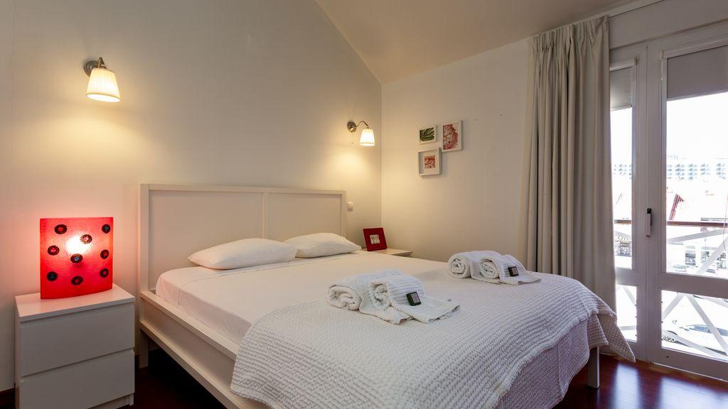 Marina Charming 3BDR Duplex by LovelyStay